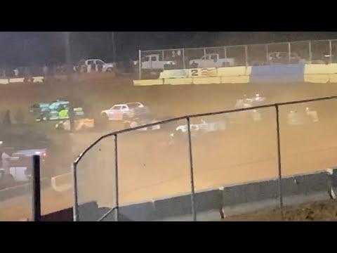 5/30/2021 Thunder Bomber Cherokee Speedway - dirt track racing video image