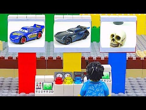 LEGO Cars and Track Experimental Lightning McQueen Jackson Storm Racing Cars Toys Video for Kids - UCGkWR7XyfbD0zsLtUTFoeFQ