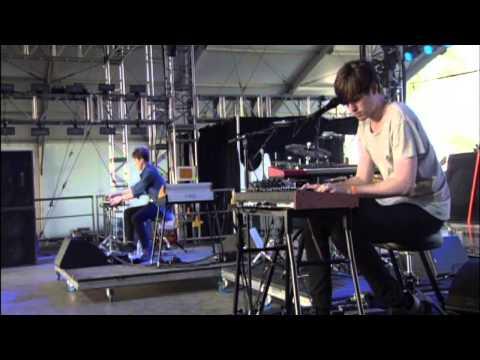 James Blake - Air & Lack Thereof (Live at Coachella 2013) - UCIZ4NEJamsWybup2TJUdoPA