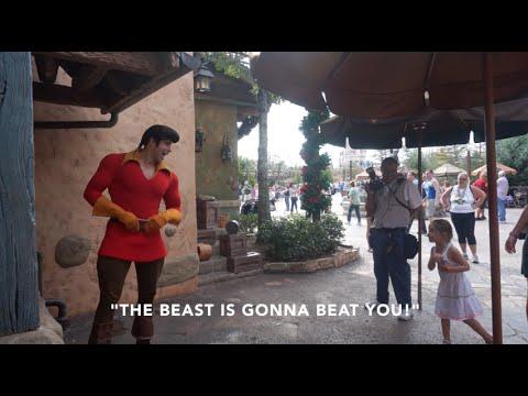 Little Girl Puts Gaston In His Place: Disney World 2014 - UCJB4YB0c5yWTrDXfDZfgHFw