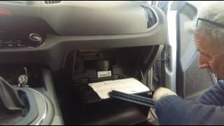 Come sostituire il filtro aria abitacolo Kia Sportage da 2010