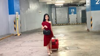 DANI GIRL?! WEARING RED DRESS IN THE MALL CHALLENGE! | YESHA C.
