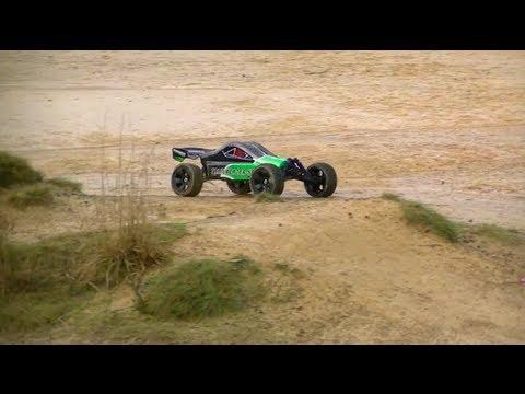 Turnigy Trail-Blazer XB Maiden Bashing Pt1 - UCDmaPHBzr724MEhnOFUAqsA