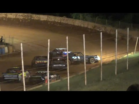 Stock V8 at Winder Barrow Speedway June 12th 2021 - dirt track racing video image