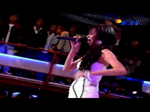 Aku Hancur (Live @ By Request)