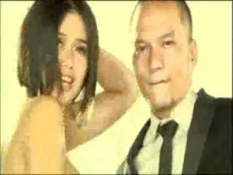 Dunia Gila (Feat. Selfi Nafilah)
