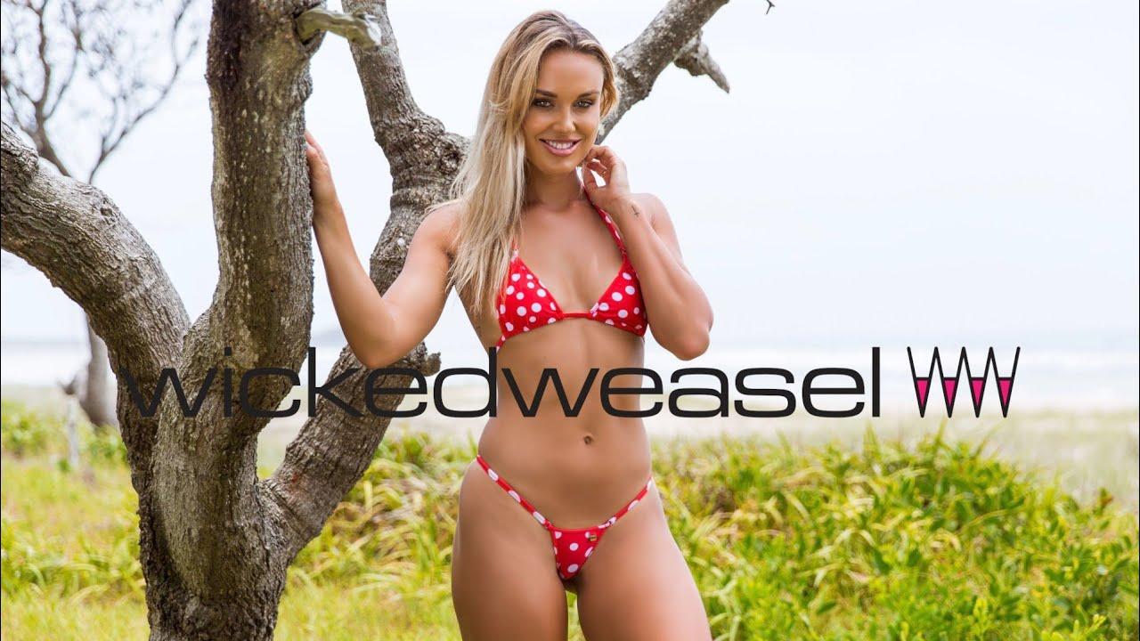 Wild & Heavenly: Bikini Day With Sexy Britt
