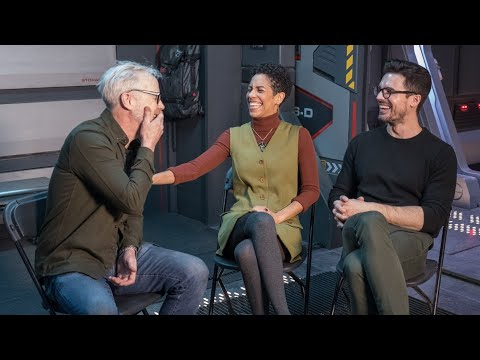 Adam Savage Chats with The Expanse's Dominque Tipper and Steven Strait - UCiDJtJKMICpb9B1qf7qjEOA