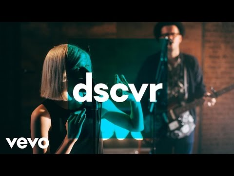 Aurora - Lucky - Vevo dscvr (Live) - UC-7BJPPk_oQGTED1XQA_DTw