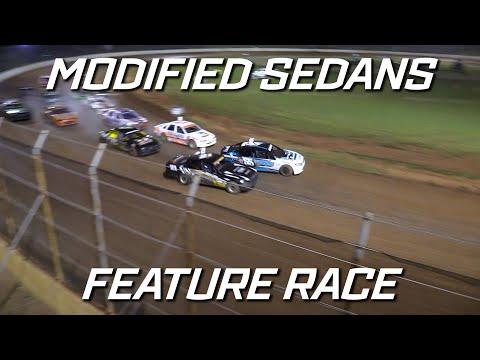 Modified Sedans: Season Opener - A-Main - Kingaroy Speedway - 16.10.2021 - dirt track racing video image