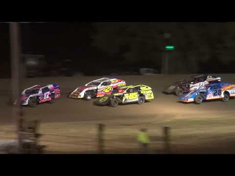 I 35 Friday USRA Nationals A & B Mods Stock Cars mains - dirt track racing video image