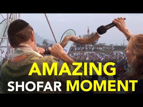 Shout of Glory    God Moments
