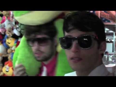 Chilli Beans no SPFW! Video por Chilli Beans   Brasil 2ecd7b747a