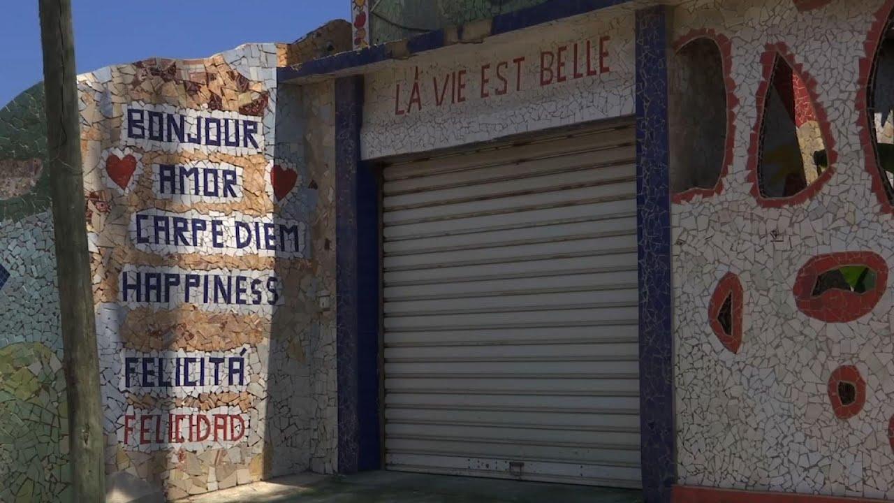 Cuba artist hopes mosaics will bring back visitors