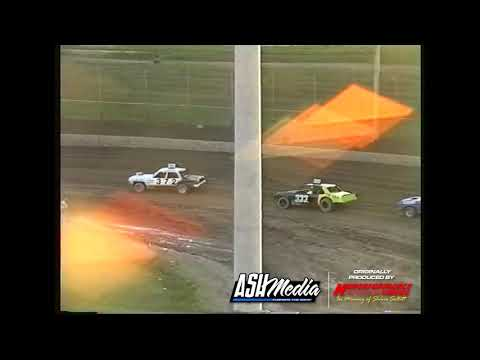 Astra Saloons: Australasian Championship - A-Main - Archerfield Speedway - 29.06.1997 - dirt track racing video image