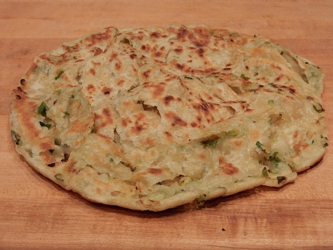 S1Ep6-How to Make Delicious Flaky Chinese Scallion Pancakes 香酥蔥油餅 - UCufVG1DVVWrCiVPPDdLg3_w