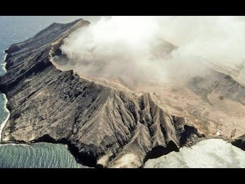 Breaking Massive Eruption Volcano New Zealand People Dead And Injured