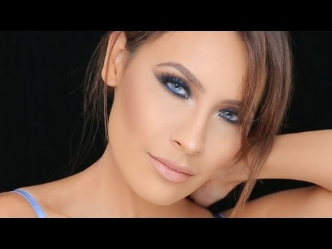 COBALT BLUE SMOKEY EYE | DESI PERKINS