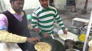 Two Brothers Manages All - Garma Garam Aloo Paratha 2 Piece @ 20 rs - Indian Roadside Food