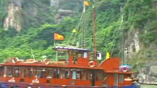 LE PHONG TOURISM Vist Ha Long Bay World Heritage by Tourist Junk Boat