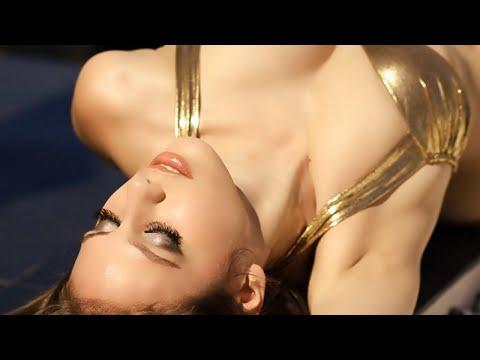 Markus Schulz - Tempted (Official Music Video) - UCGZXYc32ri4D0gSLPf2pZXQ