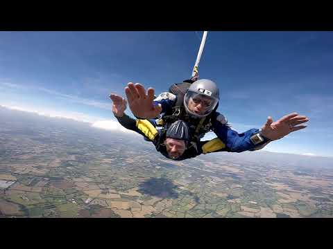 Stevenson House Manager Alan takes leap of faith in sponsored skydive