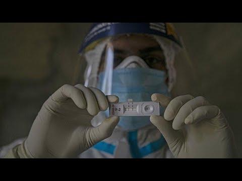 La OMS acuerda la distribución de 120 millones de pruebas rápidas de COVID-19 para más de 130 pa…