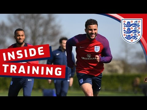 Kane watches England train at Spurs   Inside Training