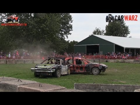 Heat 01 Of The Demolition Derby At Petrolia Fall Fair 2018