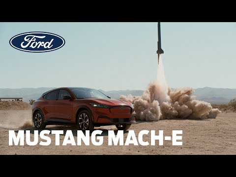 MUSTANG MACH-E v A ROCKET | Range | Ford