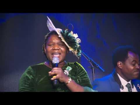 BUKOLA & DAMILOLA BEKES. THE BEKES WORSHIP EXPERIENCE OPENING WORSHIP