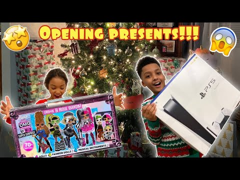 TIANA'S AND TAVION'S DREAM CAME TRUE! OPENING PRESENTS WITH THE NEV FAM *Vlogmas*