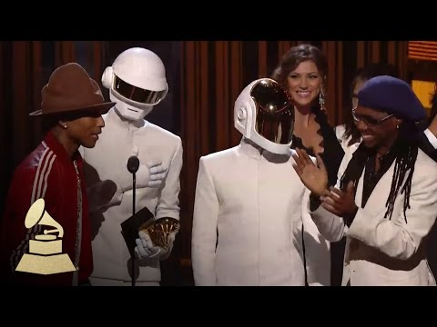 Daft Punk Win Record of the Year | GRAMMYs - UCq4isO8ZYOZfmvGJ-_1UdIA