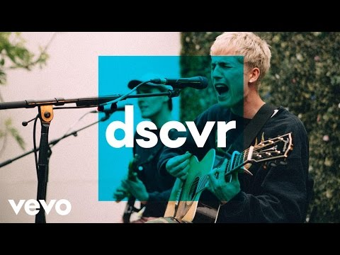 Will Joseph Cook - Plastic (Live) - Vevo dscvr @ The Great Escape 2017 - UC-7BJPPk_oQGTED1XQA_DTw