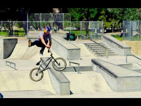 BMX Riding in Southern California - Red Bull Makin' It - EP 1 - UCXqlds5f7B2OOs9vQuevl4A