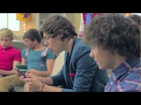 Harry Styles Classic/Funny Moments - UCDpd6UrtLIX_5pI4oo2U5Rg