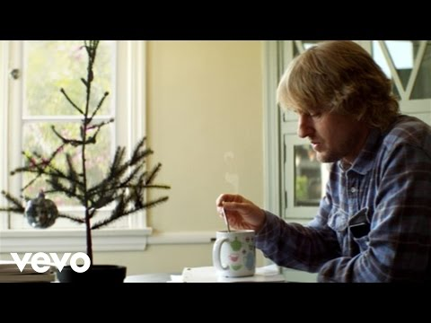 Christmas in L.A (Feat. Dawes)