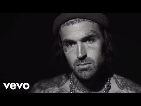 Yelawolf - Row Your Boat (Official Music Video) - UC8g5kYW2ZLJPta700XDCt-g