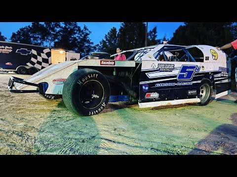 Bad Luck At The Bullring! Jackson County speedway   Dirt track racing - dirt track racing video image