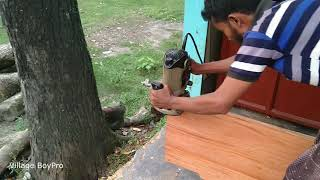 Design for Furniture by Carpenter at Rural Village Shop।How to Make Design on Wood Slice by Machine
