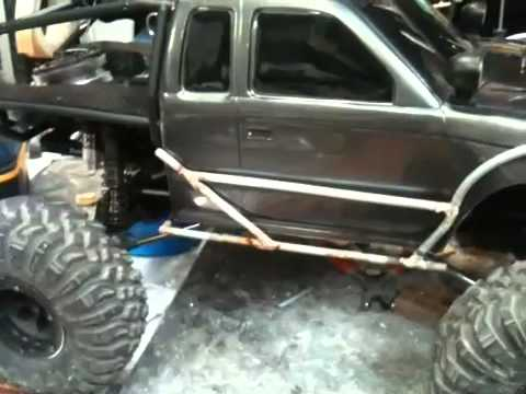 Demo's axial scx10 honcho to wroncho build #15 Exo cage finish review - default