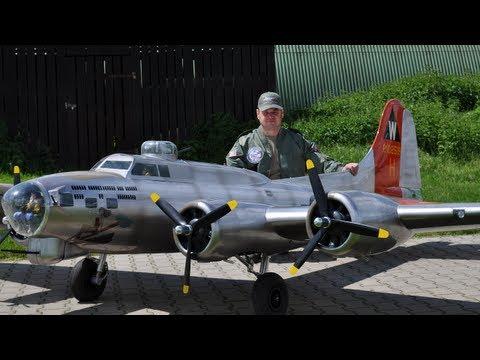 19 ft. B-17 Flying Fortress - Aluminum Overcast - UC1QF2Z_FyZTRpr9GSWRoxrA