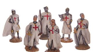 Yhon Soto Solutions - Novelty Gift Fantasy Mini Collectable Knight Figurines