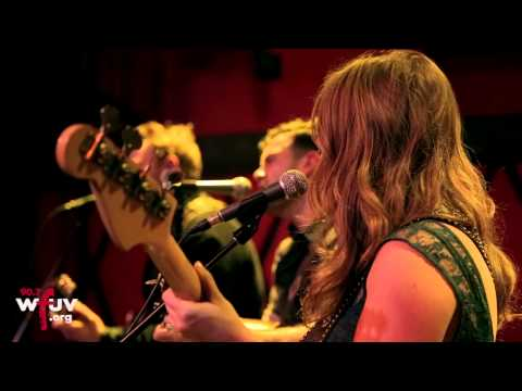 """The Lone Bellow - """"Diners"""" (Live at Rockwood Music Hall) - UCCpd6qvE03uwMqoHwMfulSg"""