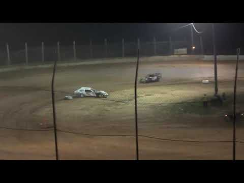UMP Modified A-Main from Moler Raceway Park, August 20th, 2021. - dirt track racing video image
