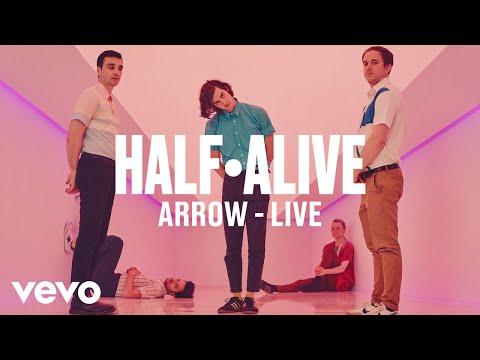 "half·alive - ""arrow"" (Live) | Vevo DSCVR - UC-7BJPPk_oQGTED1XQA_DTw"