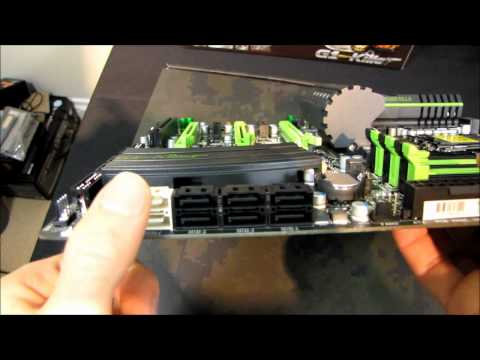 Gigabyte G1.Guerrilla X58 Gaming Motherboard Unboxing & First Look Linus Tech Tips - UCXuqSBlHAE6Xw-yeJA0Tunw