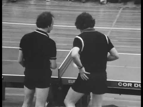 Ширээний теннис тоглох ийм хөгжилтэй байдаг гэж бодсонгүй...