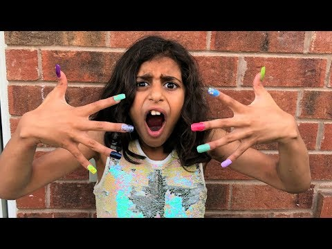 Kids pretend play Color ACRYLIC NAILS Prank!! funny video - UCXODETLtsLWy6JCQyAS8DpA