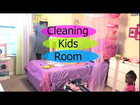 How I Clean My Room | Racer.lt